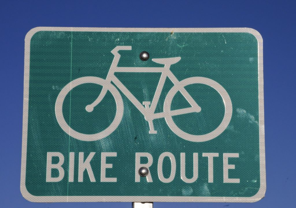 bike-route-sign